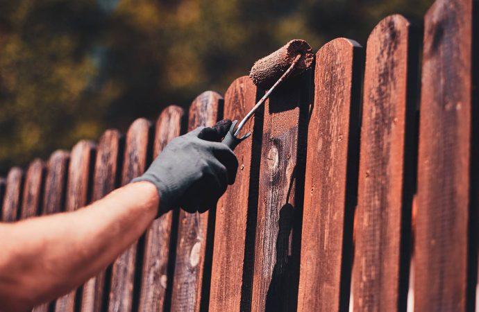 Meble ogrodowe – koniecznie zaimpregnuj je dobrą farbą